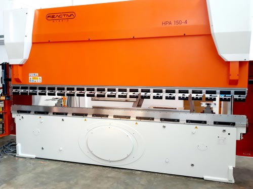 press brake with Folding table integrated crush